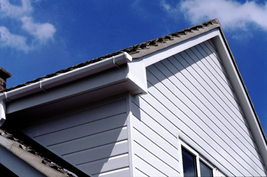 Shiplap pvc cladding exterior pvc u shiplap cladding for Exterior upvc cladding